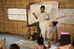 10-yoga-vini-teacher-training-rishikesh