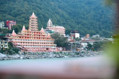 17-yoga-vini-teacher-training-rishikesh