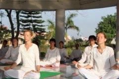 meditation-class-yogavini-rishikesh
